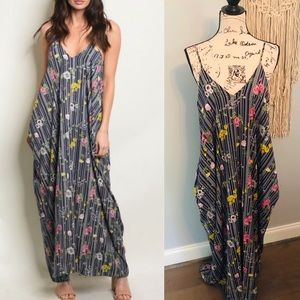 HP☀️Beautiful Floral Maxi Dress